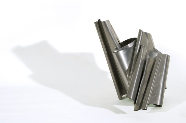 Tutuka, 2011, Zinc, 49x55x50 cm