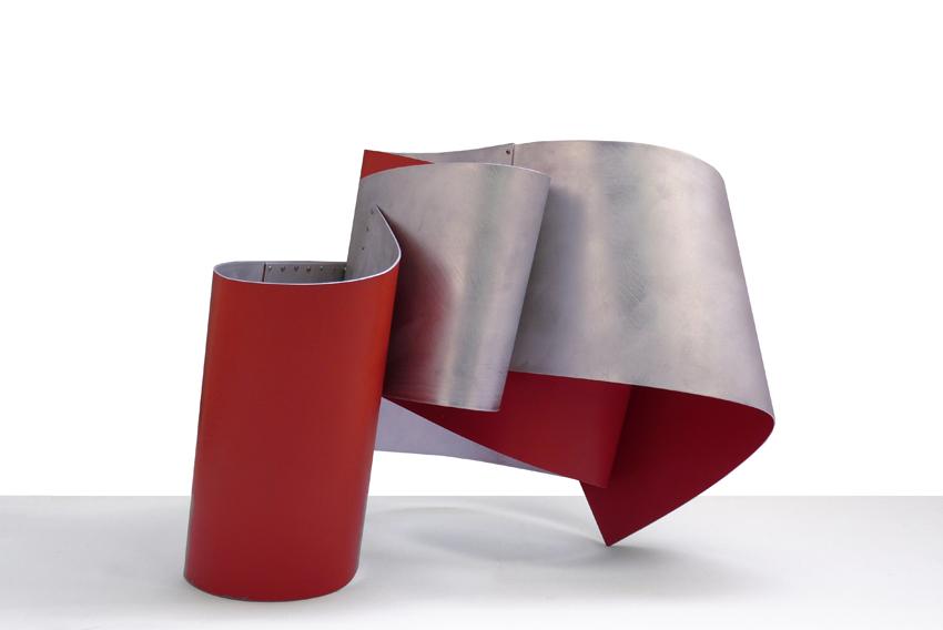 Ona Vermella, 2012, Esmalte sobre aluminio, 50X45X65 cm