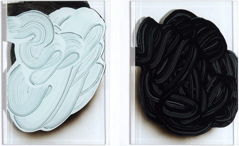 ST, 2011, Esmalte sobre cristal, 36,5x26 cm c/u